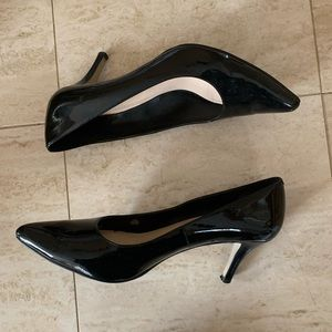 Cole Haan black parent leather pumps size 8
